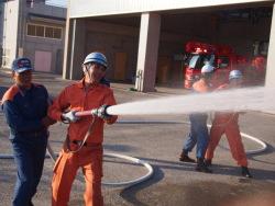 消防操法を学ぶ