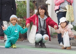 若女将と参加した子供たち