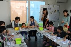 羽子板づくり教室の様子